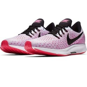 Nike Women's Air Zoom Pegasus 35 Running Sneakers